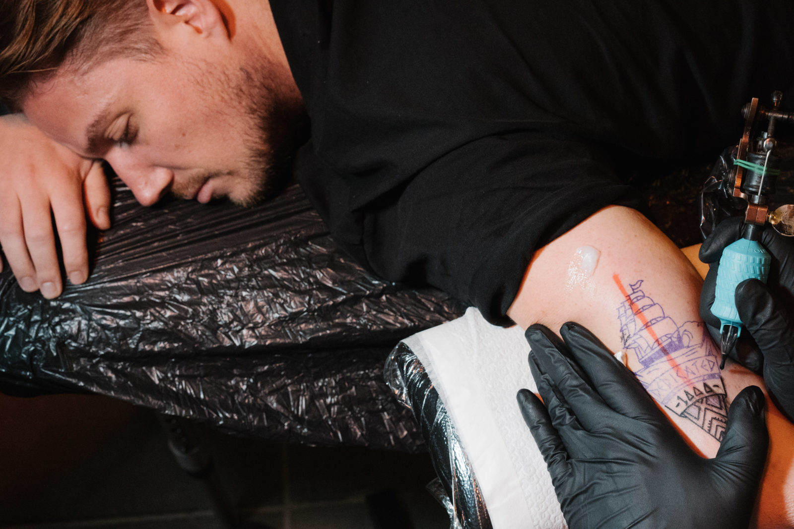 Live Tattooing The Dedicated Thousand Playgrounds